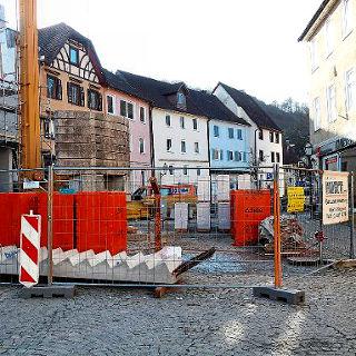 Baustelle macht Platz für die Markthütten