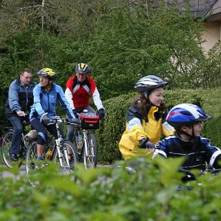 Auf dem Fahrrad in den Frühling starten
